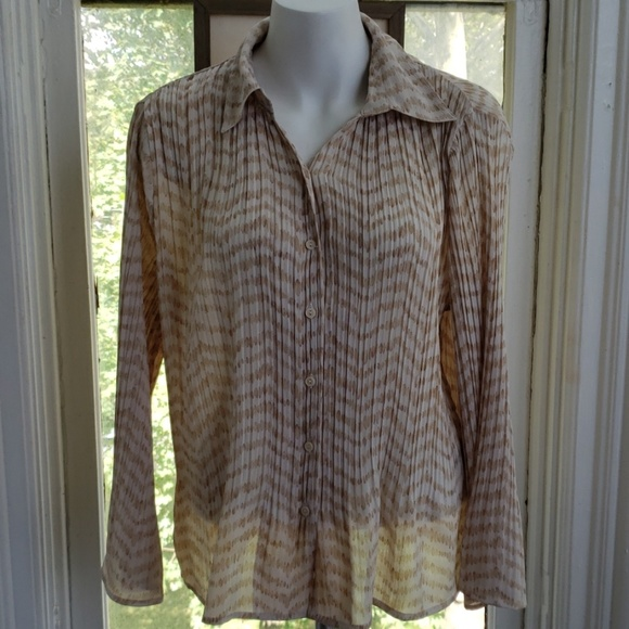 Investments Tops - VINTAGE INVESTMENTS Button Blouse